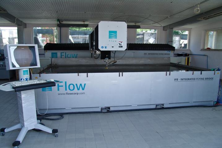 Integrated Flying Bridge vízsugaras vágógép