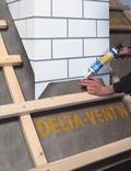 Delta Vent N páraáteresztő tetőfólia a tetőn