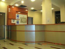recepciós pult 2