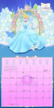 Hercegnős naptár belül