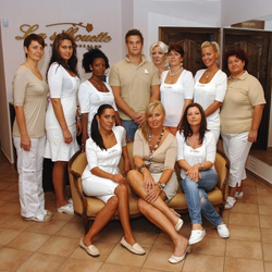 professzionális kozmetika csapata