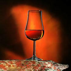 konyak pohárban