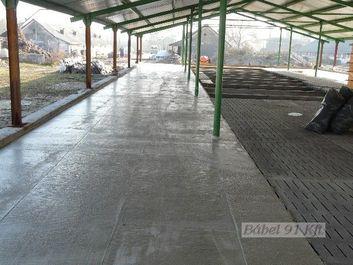 helyszíni beton (monolit)