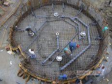 medence szerkezetépítés vasbeton betonacél szerelés