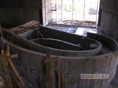 medence szerkezet építés_Egerszalók belső medence