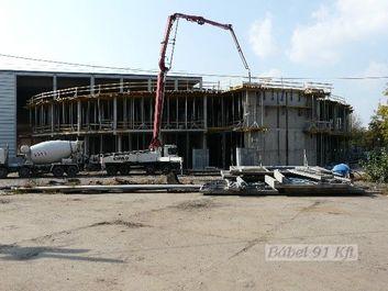 monolit beton betonozása
