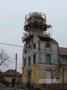 Vasbeton műtárgy_Kopt templom épületbővítés