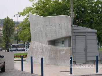 Vasbeton műtárgyak - köztéri vasbeton szobor