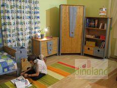 ifjúsági szoba Marci
