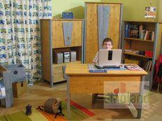 ifjúsági szoba Marci íróasztal szekrény