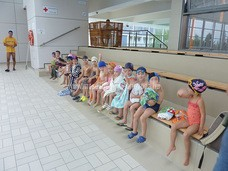 Úszni tanulunk