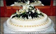 esküvői 72 szeletes torta