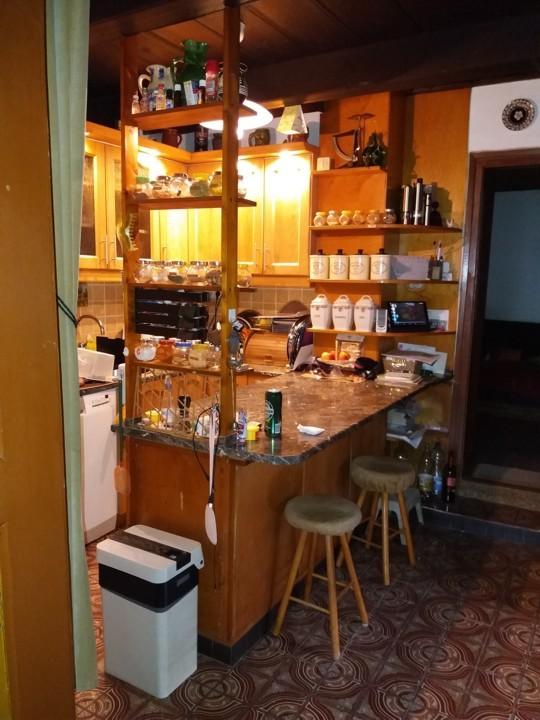 Gyermely eladó családi ház, konyha